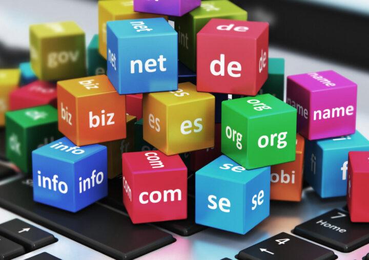 نام دامنه مناسب وبسایت را با ۱۰ روش برتر زیر انتخاب کنید!